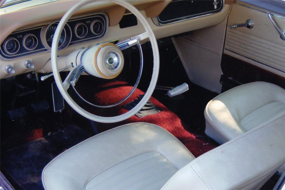 1966 FORD MUSTANG COUPE - Interior - 21024