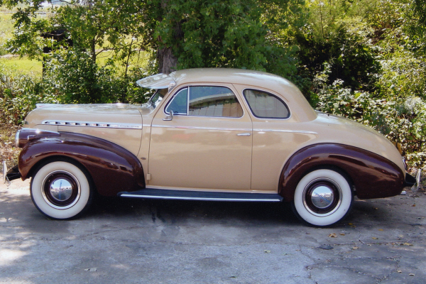 1940 CHEVROLET 2 DOOR BUSINESS COUPE - Side Profile - 21033