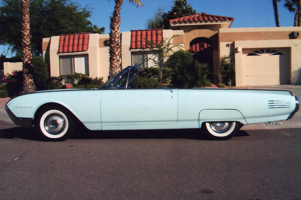 1961 FORD THUNDERBIRD CONVERTIBLE - Side Profile - 21052
