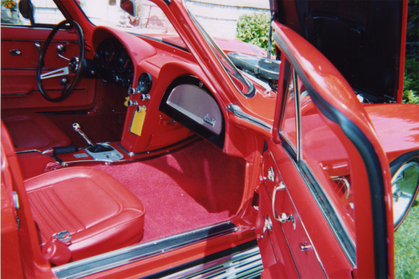 1967 CHEVROLET CORVETTE 427/435 COUPE - Interior - 21061