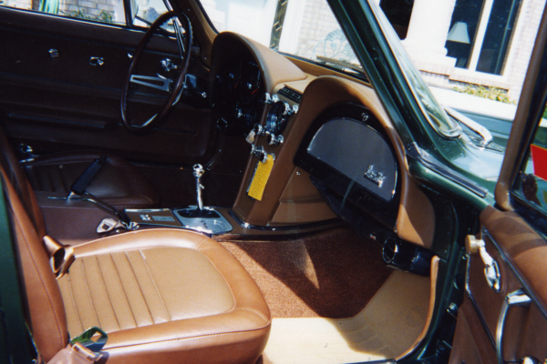 1967 CHEVROLET CORVETTE 427/400 AIR COUPE - Interior - 21062
