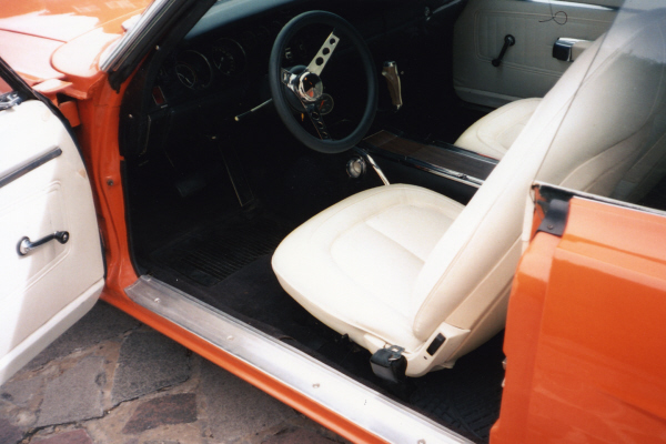 1970 PLYMOUTH SUPERBIRD 2 DOOR HARDTOP - Interior - 21104