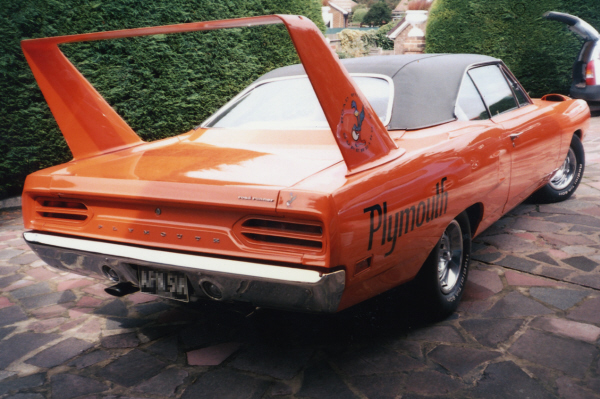 1970 PLYMOUTH SUPERBIRD 2 DOOR HARDTOP - Rear 3/4 - 21104