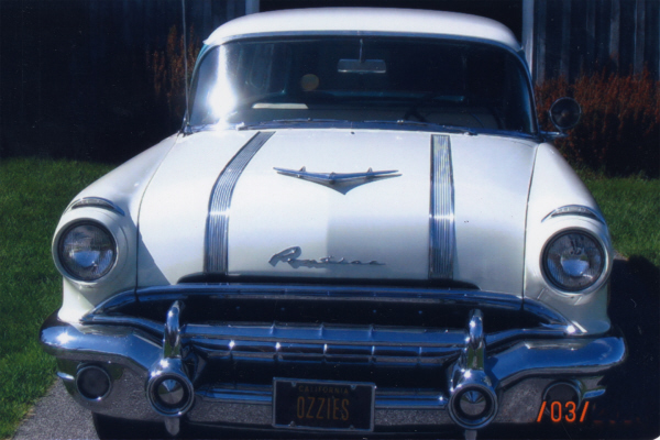 1956 PONTIAC CHIEFTAIN WAGON ONCE OWNED BY OZZIE & HARR - Side Profile - 21105