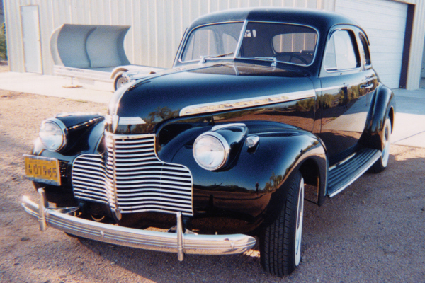 1940 CHEVROLET BUSINESS COUPE - Front 3/4 - 21121