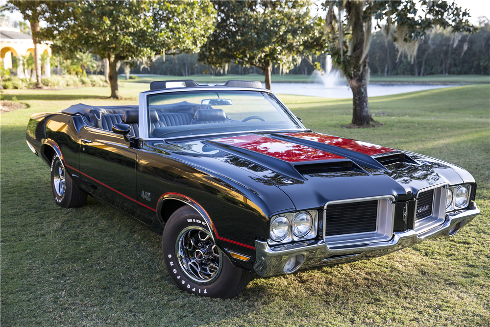 1971 OLDSMOBILE 442 CONVERTIBLE - Front 3/4 - 211210