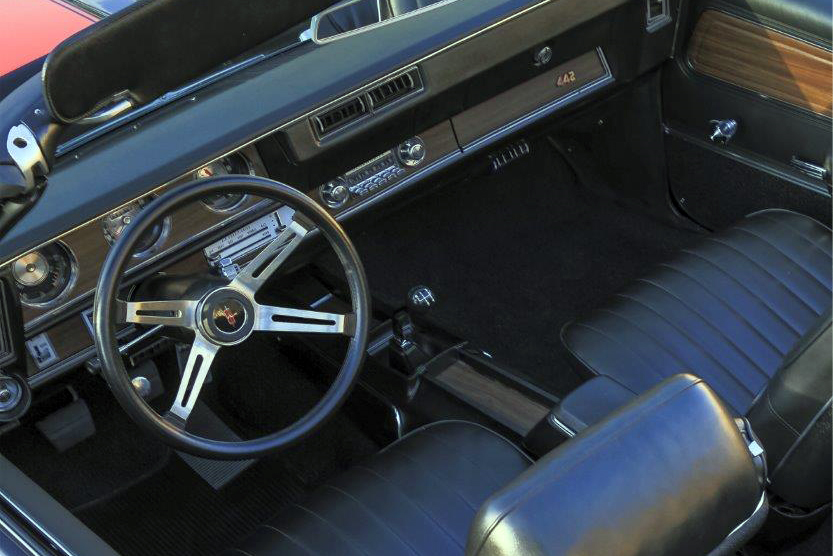1971 OLDSMOBILE 442 CONVERTIBLE - Interior - 211210