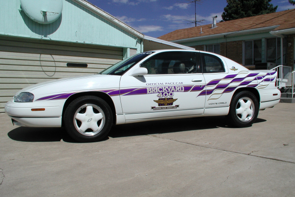 1995 CHEVROLET MONTE CARLO BRICKYARD 400 PACE CAR - Front 3/4 - 21130