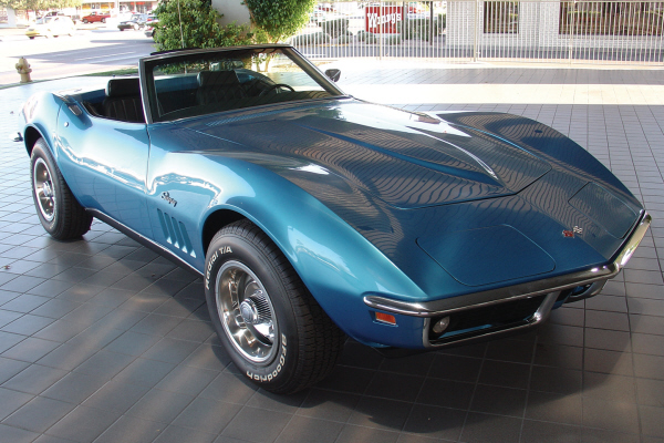 1969 CHEVROLET CORVETTE CONVERTIBLE - Front 3/4 - 21137