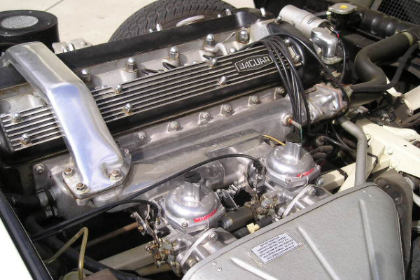 1968 JAGUAR XKE SERIES II ROADSTER - Engine - 21142