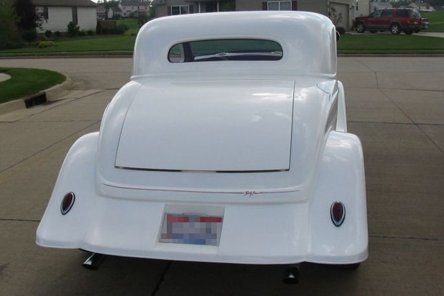 1934 FORD 5 WINDOW CUSTOM COUPE - Rear 3/4 - 21156