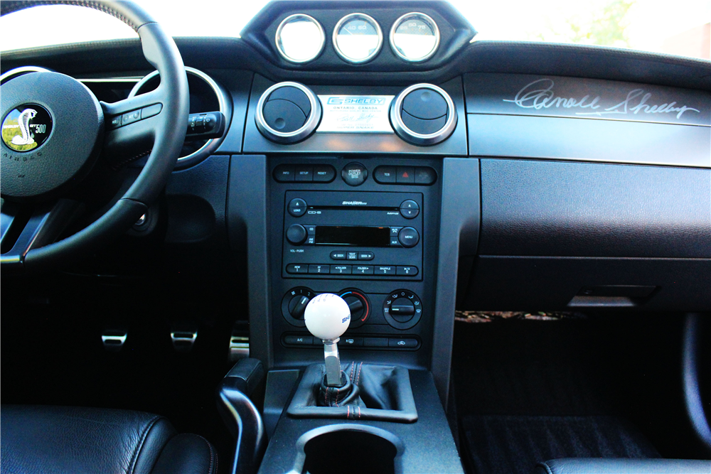 2007 FORD SHELBY GT500 SUPER SNAKE - Interior - 211763