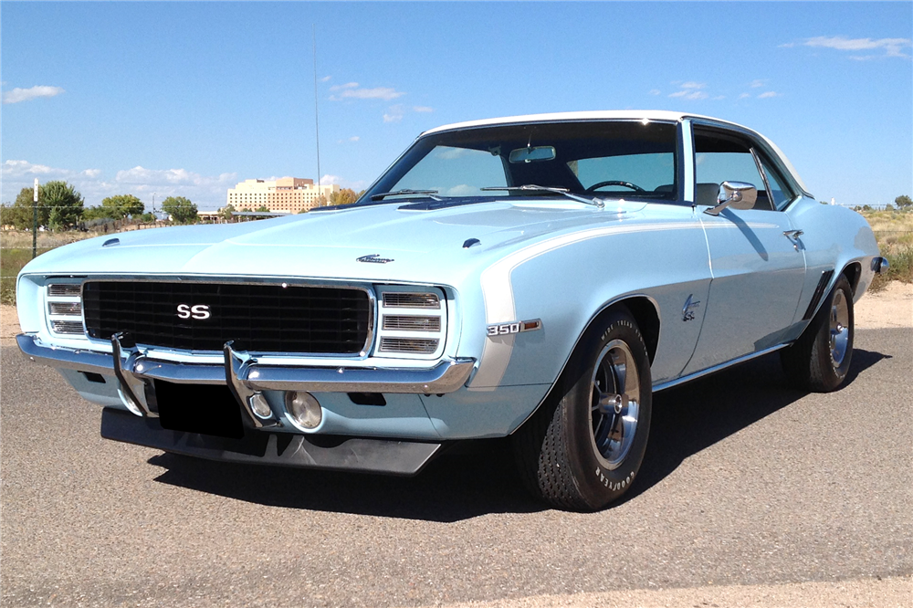 1969 CHEVROLET CAMARO RS/SS - Front 3/4 - 211972