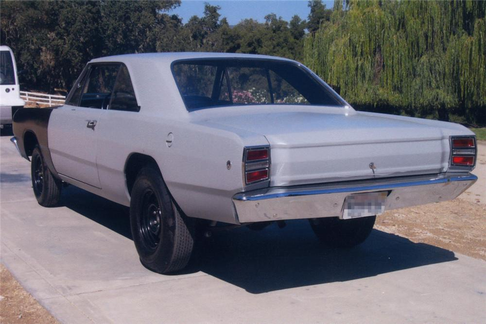 1968 DODGE HEMI DART 2 DOOR HARDTOP - Rear 3/4 - 21216