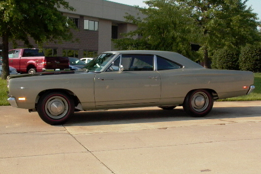 1969 PLYMOUTH HEMI ROAD RUNNER 2 DOOR HARDTOP - Side Profile - 21218