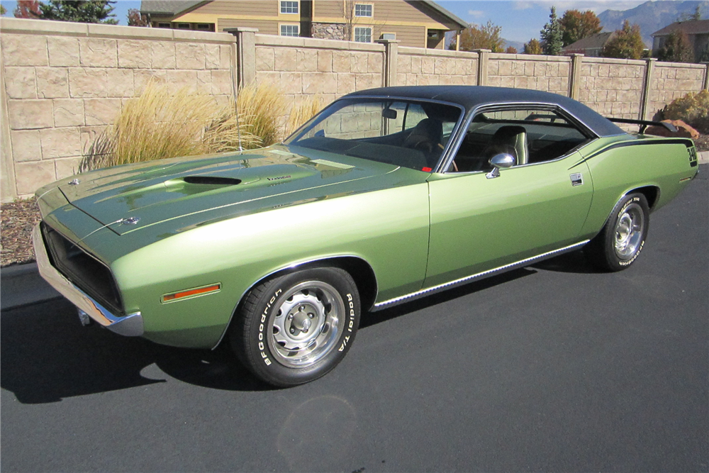 1970 PLYMOUTH 'CUDA - Front 3/4 - 212193
