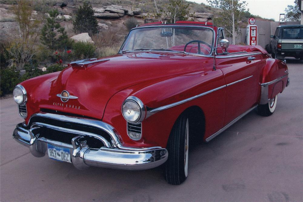 1950 OLDSMOBILE 88 CONVERTIBLE - Front 3/4 - 21221