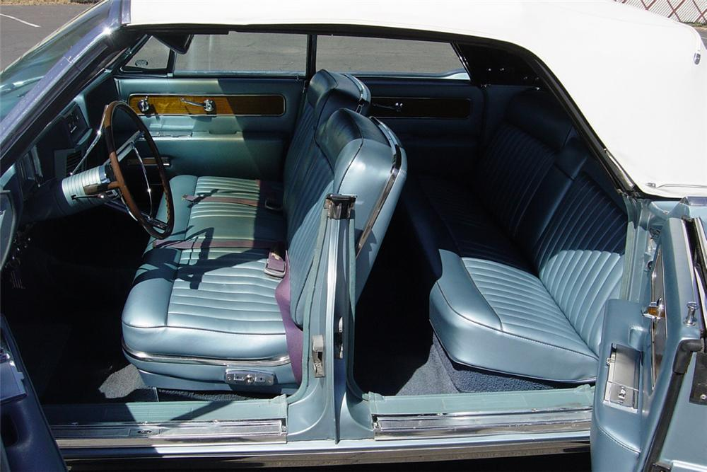 1962 LINCOLN CONTINENTAL 4 DOOR CONVERTIBLE - Interior - 21224