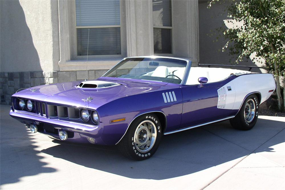 1971 PLYMOUTH CONVERTIBLE - Front 3/4 - 21227