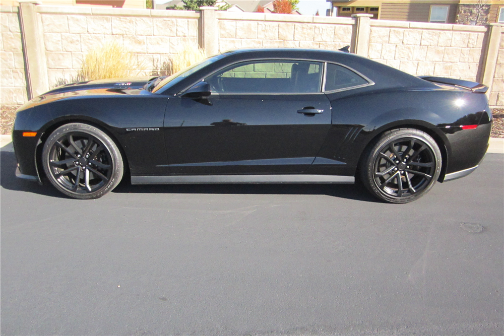 2012 CHEVROLET CAMARO ZL1 - Side Profile - 212322