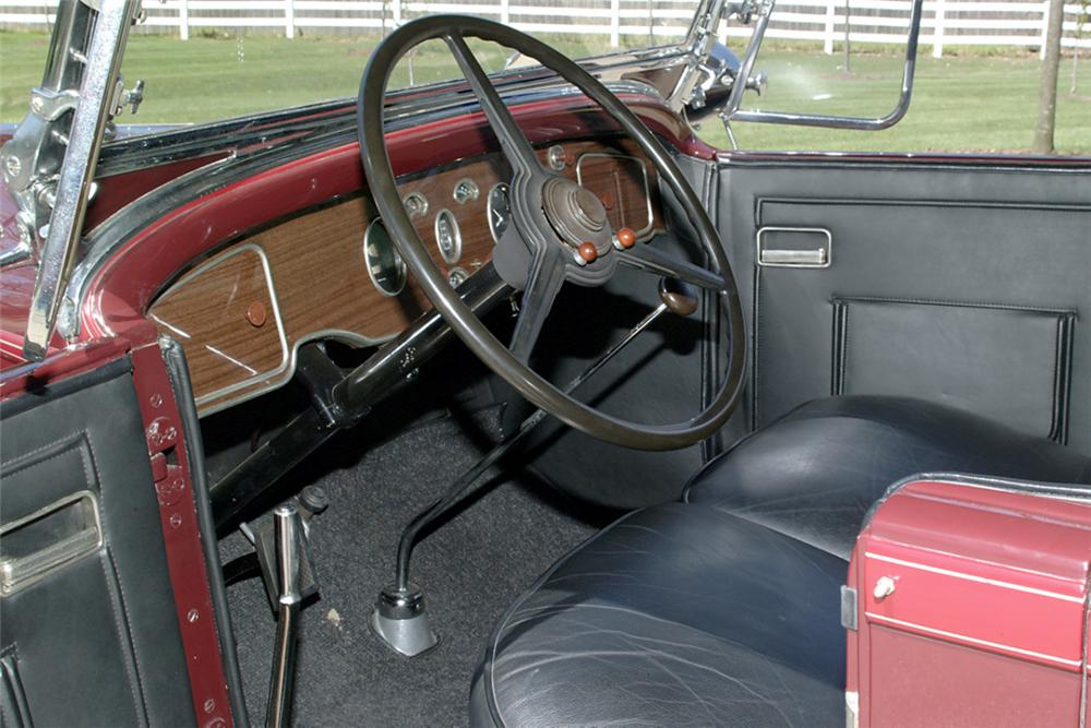 1931 PACKARD 833 4 DOOR CONVERTIBLE - Interior - 21233
