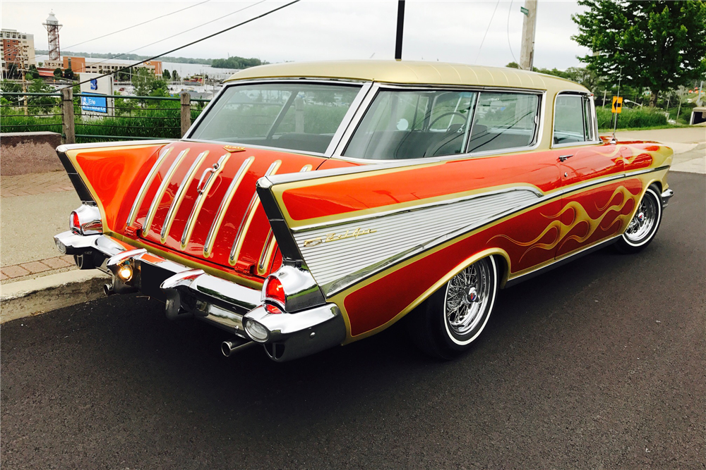 1957 CHEVROLET NOMAD CUSTOM WAGON - Rear 3/4 - 212404