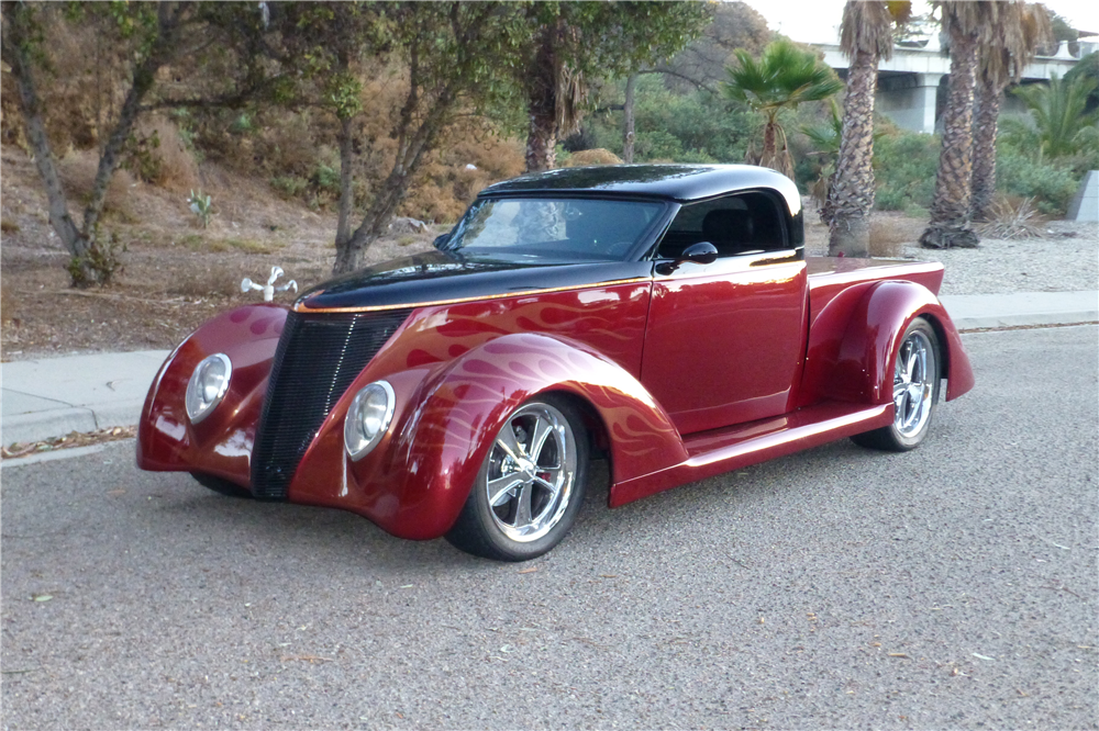 1937 FORD CUSTOM PICKUP - Front 3/4 - 212501