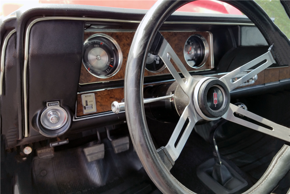 1970 OLDSMOBILE 442 W30 - Interior - 212554