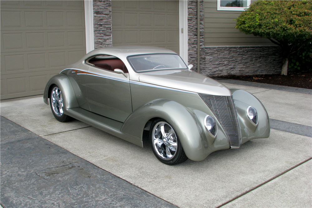 1937 FORD 5-WINDOW CUSTOM COUPE - Front 3/4 - 212583