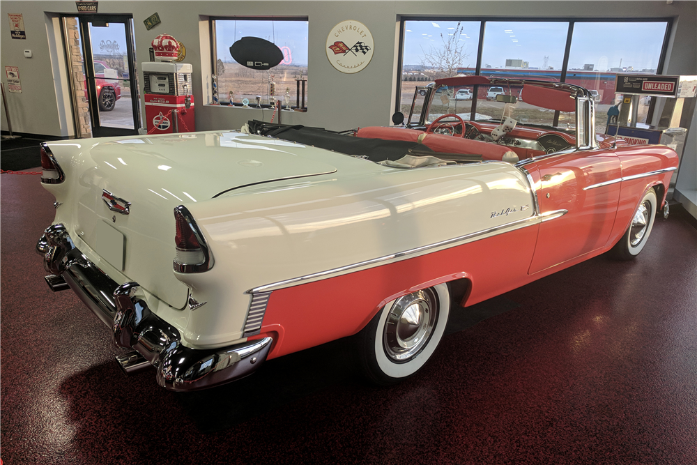 1955 CHEVROLET BEL AIR CUSTOM CONVERTIBLE - Rear 3/4 - 212595