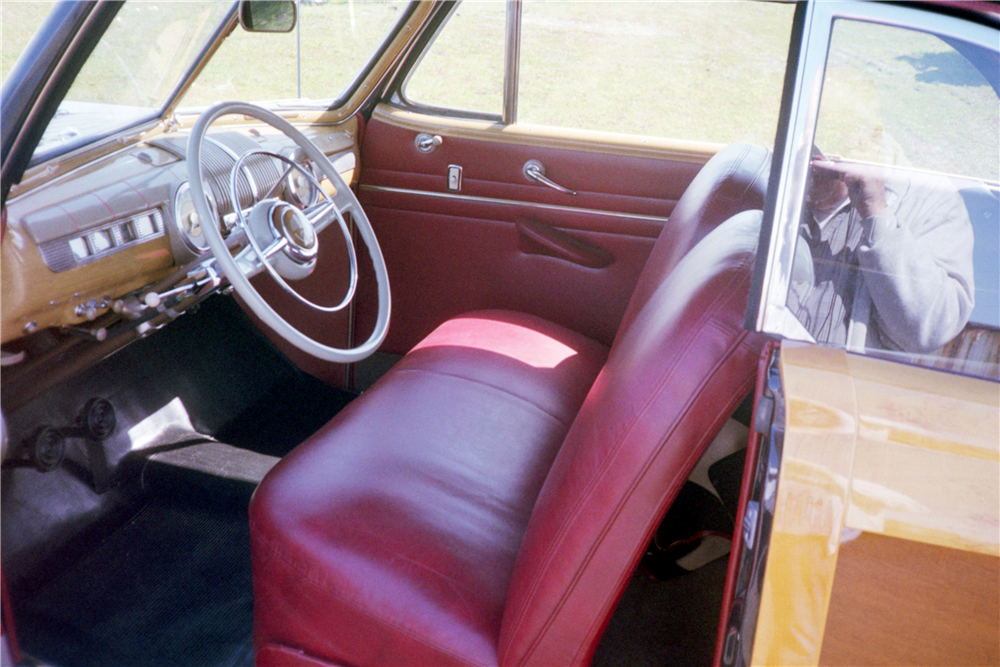 1948 FORD SPORTSMAN WOODY CONVERTIBLE - Interior - 212721