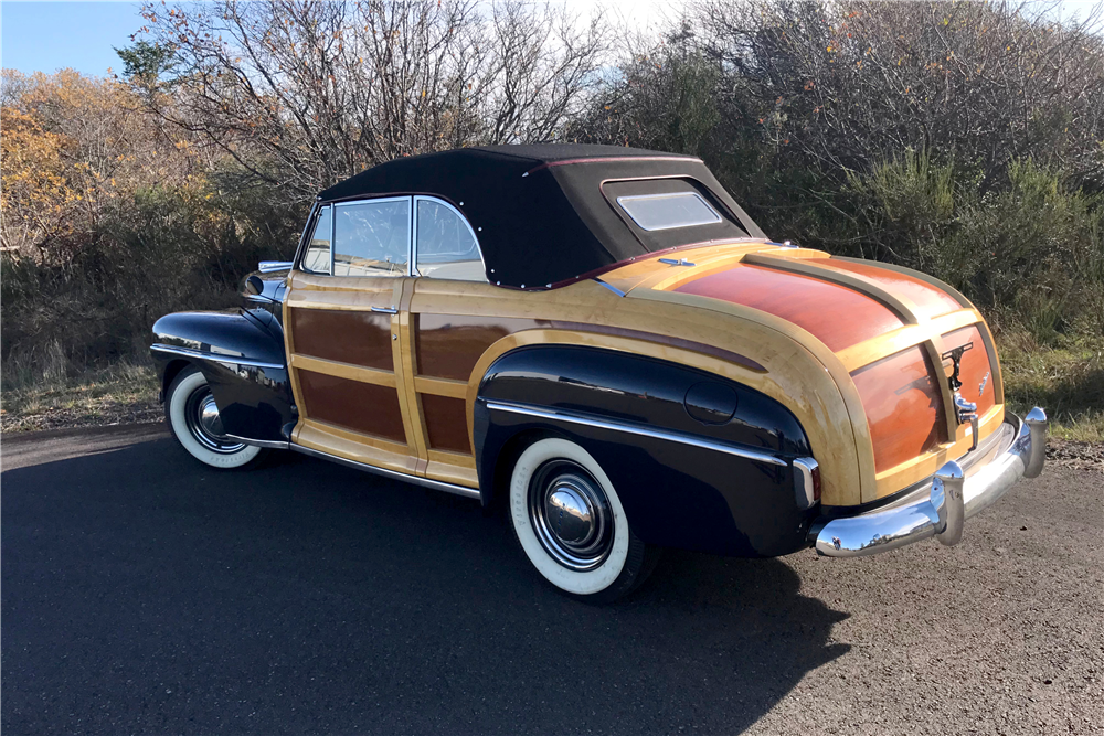 1948 FORD SPORTSMAN WOODY CONVERTIBLE - Rear 3/4 - 212721