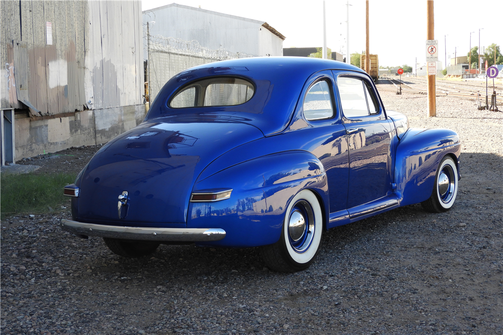 1946 MERCURY  CUSTOM COUPE - Rear 3/4 - 212913