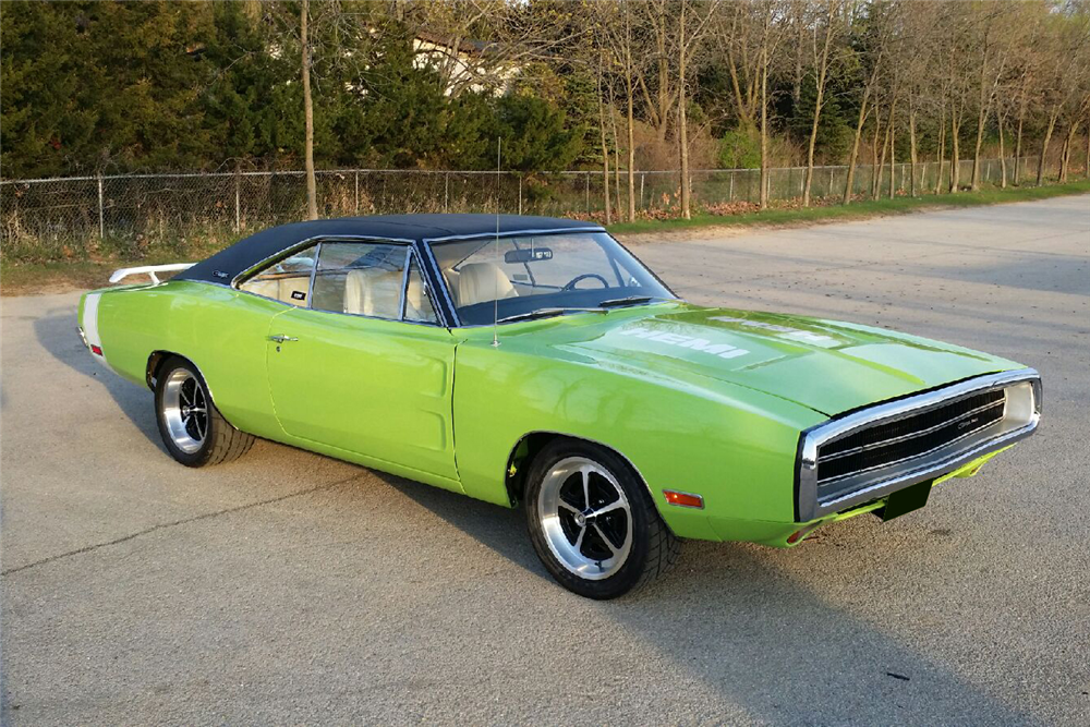 1970 DODGE CHARGER 500 CUSTOM COUPE - Front 3/4 - 213068