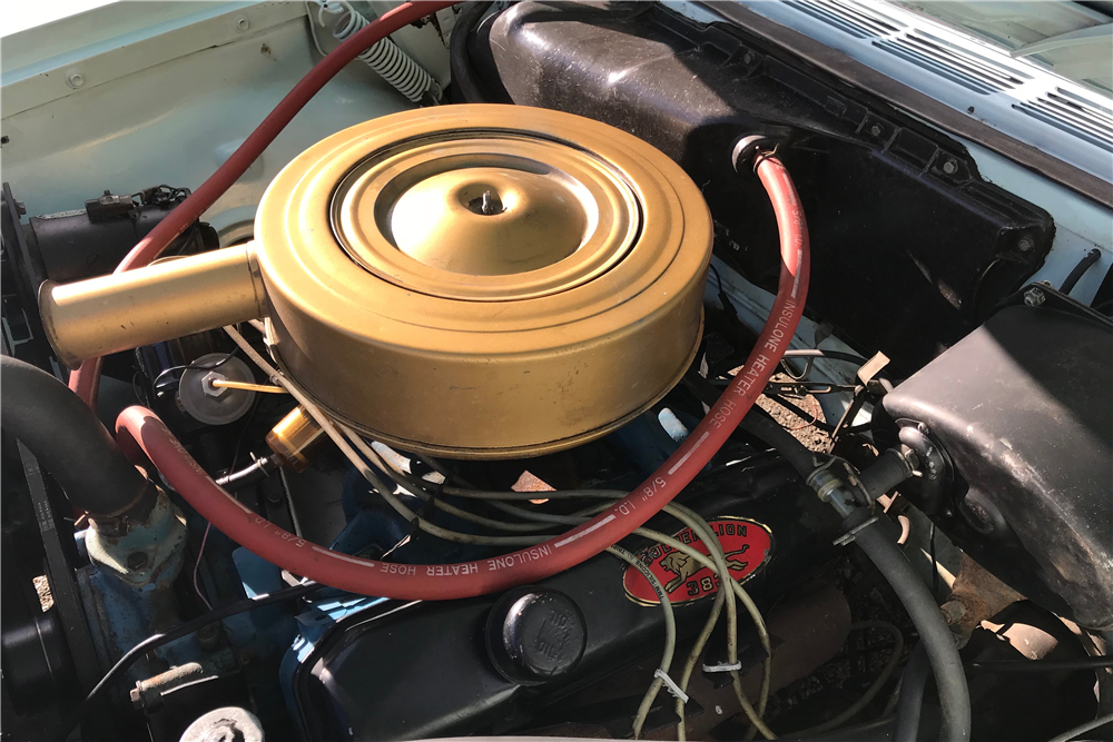 1960 CHRYSLER WINDSOR CONVERTIBLE - Engine - 213077