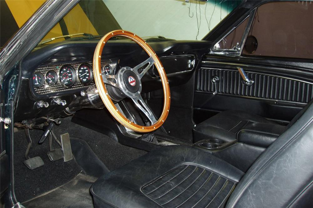 "1965 FORD MUSTANG FASTBACK ""HERTZ RECREATION"" - Interior - 21308"