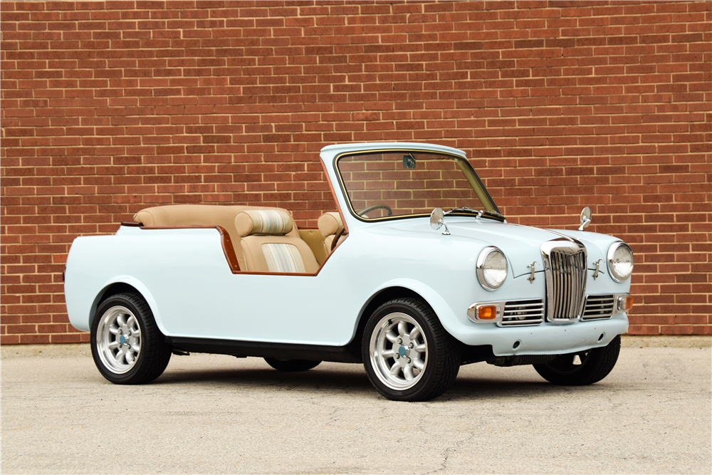 1968 RILEY ELF JOLLY CONVERTIBLE - Front 3/4 - 213183