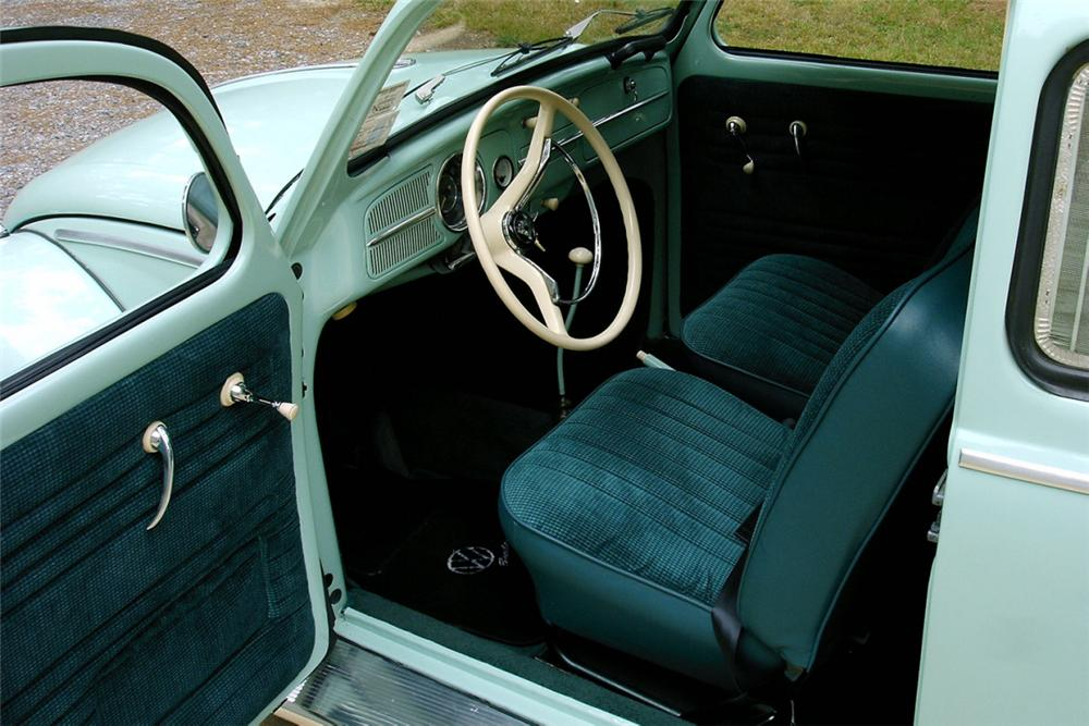 1961 VOLKSWAGEN BEETLE 2 DOOR - Interior - 21335