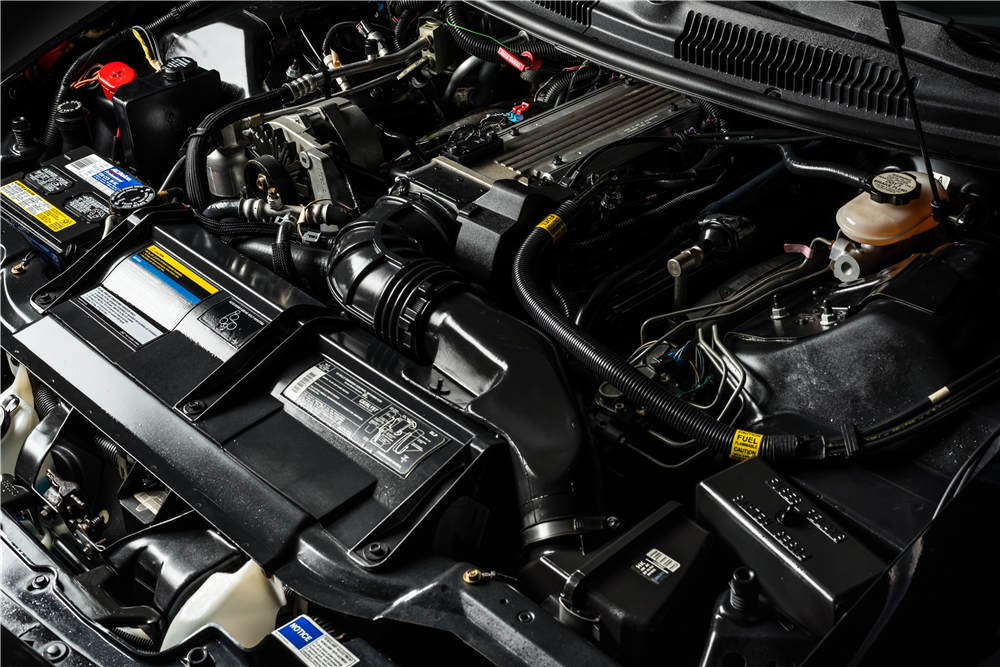 1993 CHEVROLET CAMARO Z/28 INDY PACE CAR - Engine - 213418