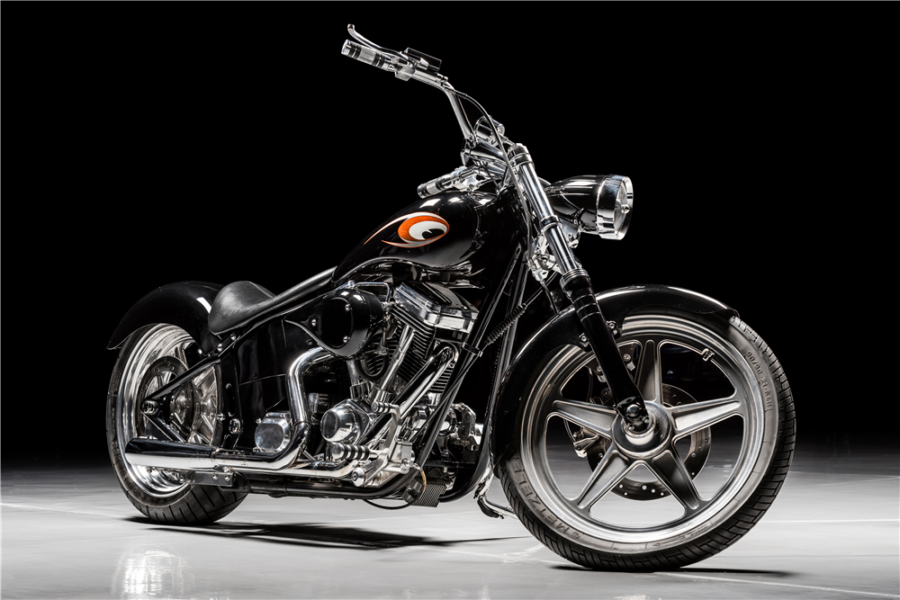 1997 CUSTOM MOTORCYCLE - Front 3/4 - 213421