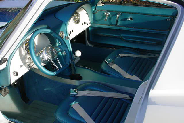 1964 CHEVROLET CORVETTE LS6 CUSTOM COUPE - Interior - 21348