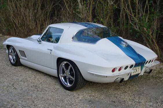 1964 CHEVROLET CORVETTE LS6 CUSTOM COUPE - Rear 3/4 - 21348