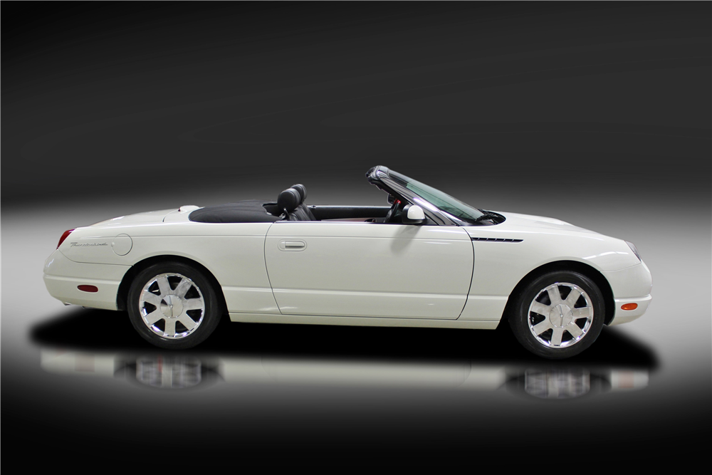 2002 FORD THUNDERBIRD CONVERTIBLE - Side Profile - 213633