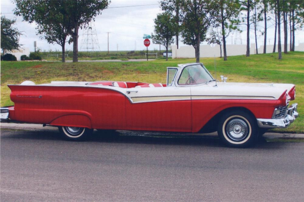 1957 FORD SKYLINER RETRACTABLE - Engine - 21373
