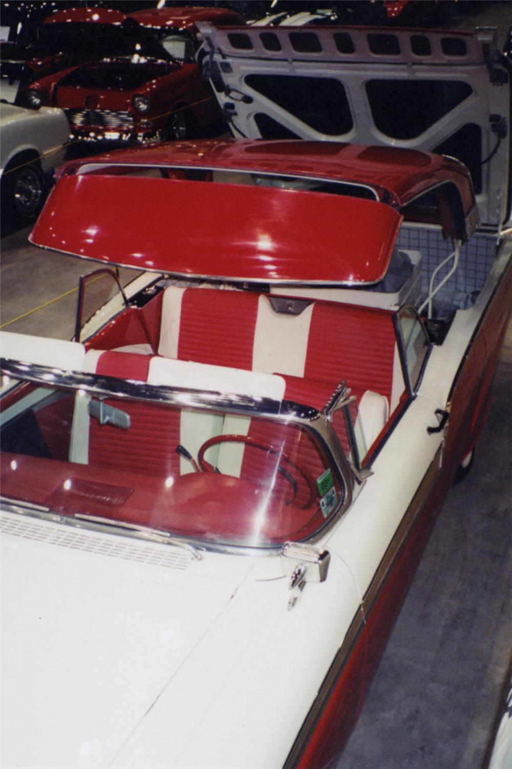 1957 FORD SKYLINER RETRACTABLE - Side Profile - 21373