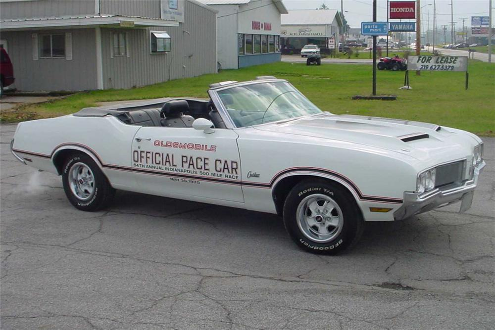 1970 OLDSMOBILE CUTLASS PACE CAR CONVERTIBLE - Front 3/4 - 21406