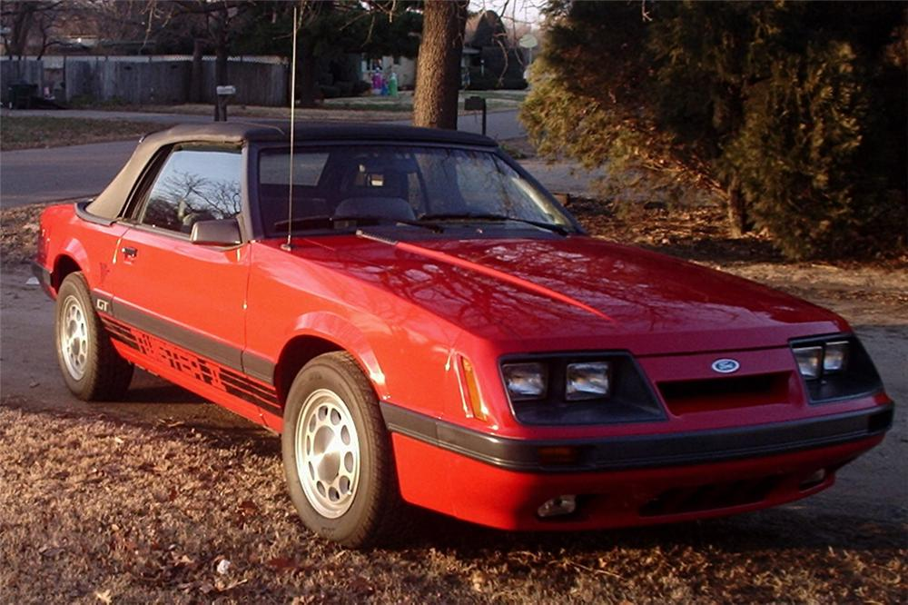 1985 FORD MUSTANG GT TWISTER II CONVERTIBLE - Front 3/4 - 21441