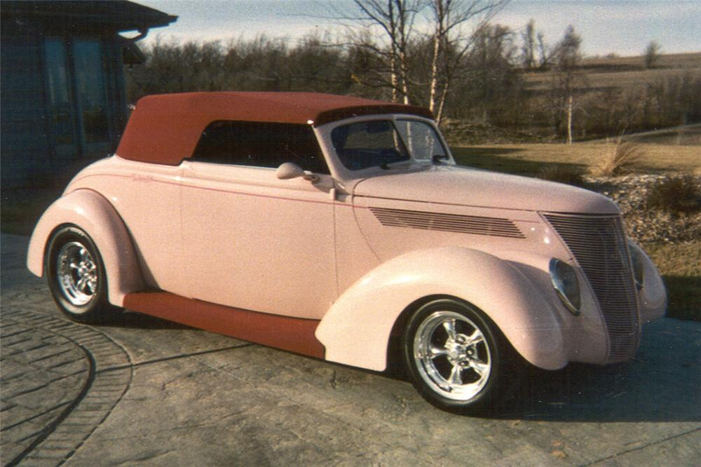 1937 FORD STREET ROD - Front 3/4 - 21445
