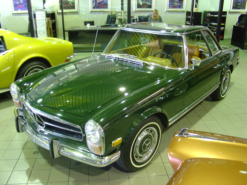 1970 MERCEDES-BENZ 280SL ROADSTER - Front 3/4 - 21451