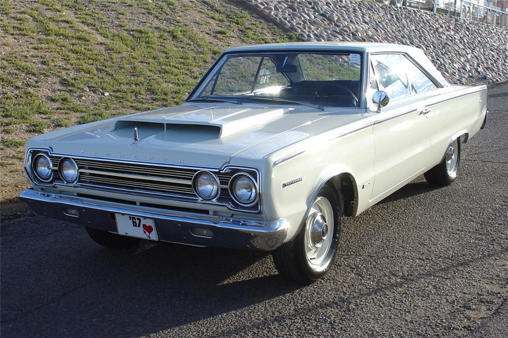 1967 PLYMOUTH BELVEDERE RP 23 FACTORY SUPER STOCK - Front 3/4 - 21452